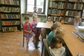 ciekawskie-misie-zwiedzaja-biblioteke_10