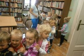ciekawskie-misie-zwiedzaja-biblioteke_11