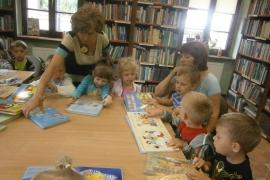 ciekawskie-misie-zwiedzaja-biblioteke_4