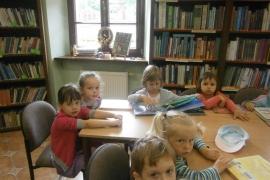 ciekawskie-misie-zwiedzaja-biblioteke_7