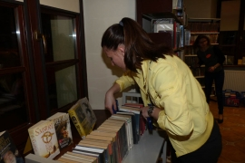 noc-w-bibliotece_16