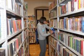 noc-w-bibliotece_18