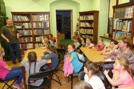 noc-w-bibliotece_2