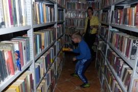 noc-w-bibliotece_50