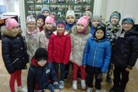 przedszkolaki-w-bibliotece_grupa-pieskow_10