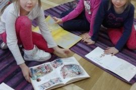 przedszkolaki-w-bibliotece_grupa-pieskow_5