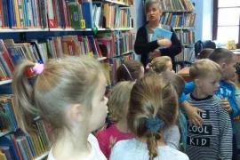 przedszkolaki-w-bibliotece_1