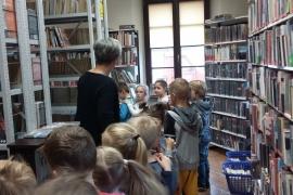przedszkolaki-w-bibliotece_11