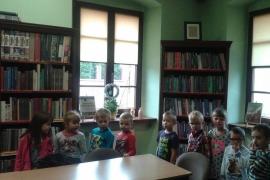 przedszkolaki-w-bibliotece_16