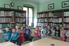 przedszkolaki-w-bibliotece_17