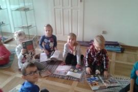 przedszkolaki-w-bibliotece_20