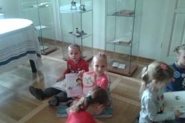 przedszkolaki-w-bibliotece_21