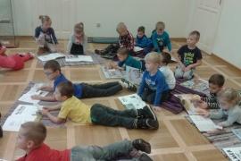 przedszkolaki-w-bibliotece_25