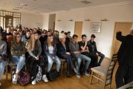 spotkanie-gimnazjalistow-z-alojzym-lysko_7